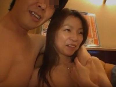 妻や彼女に目隠しで内緒で他人棒。寝取られ(NTR)画像2