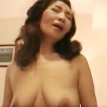 【還暦熟女動画】60歳過ぎても男性と出会いがあれば一夜切きりの肉体関係を楽しむ美魔女。