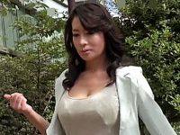 【無修正】豊熟なスケベボディーの美魔女が足早に目的地へ向かうのはおちんぽが欲しくてたまらないから 北島玲 熟女動画
