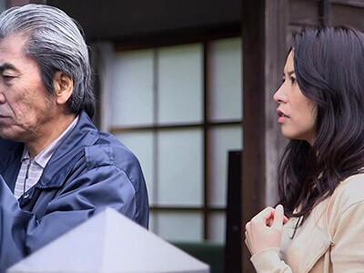 【井上綾子】「そんな激しくされたら…」旦那以外知らない人妻が、隣の老人にローターでマンコを攻められプチSMプレイでヌレヌレ… 熟女動画