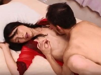 【無修正】全身性感帯のド変態アラフォー奥さんが久しぶりのセックスで喘ぎまくり 熟女動画