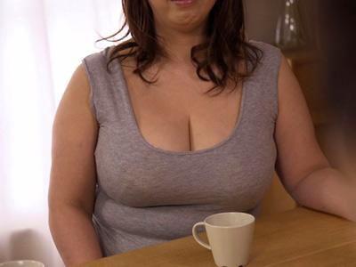 Iカップ爆乳おっぱいの五十路義母に発情した娘婿が無理やり家庭内レイプ!