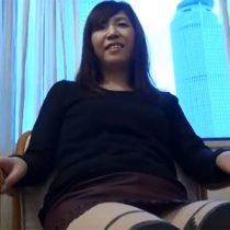 SNSで知り合った名古屋の四十路素人主婦とビジネスホテルでハメ撮り!