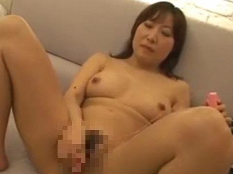 【素人】旦那との淡泊なエッチでは満足できなくなった42歳主婦が刺激を求めて無修正AV出演!