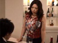 ラウンジ経営している色気ムンムンの嫁の義母に酔った勢いで我慢できなくなり・・・ 熟女動画