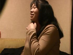 【無修正】素人主婦のみすずさん(45歳)がセックスの様子を盗撮されそのままAV出演 熟女動画