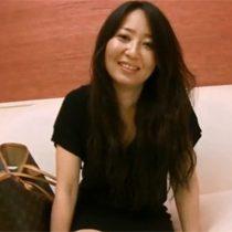 【無修正】アニメ声の少し触られるだけで感じてしまう敏感な素人三十路妻の西脇加奈子(35)さんがAV出演 熟女動画