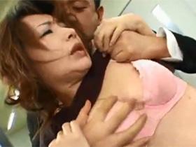 【無修正】借金のカタに娘共々やくざに親子丼レイプされてしまう四十路主婦 熟女動画