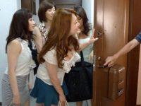 寂しがり屋のマザコン学生宅に美熟女達が訪れてハーレム状態で5Pセックス!【風間ゆみ 中森玲子 川上ゆう 森ななこ】
