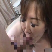 【無修正】熟れたぽっちゃり主婦が唾液をダラダラ垂らしながらフェラチオして中出しセックス! 熟女動画
