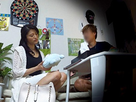 イケメンにナンパされて至る所に隠しカメラ仕掛けられたヤリ部屋に着いて来た四十路妻の寝取りセックス盗撮映像がこちら… 熟女動画