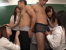 問題児のヤンキー生徒を呼び出して中出しありの性奉仕でグレるのを止めさせる4人の美人熟女教師 熟女動画