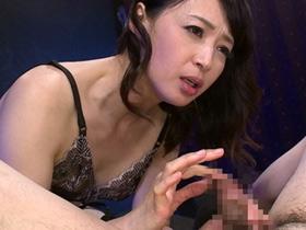 高級痴女サロンで極上の五十路熟女が淫語責めしながら性奉仕