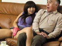 欲求不満に耐え切れずにレンタルおじさんを呼んで性欲を満たす爆乳主婦 KAORI 熟女動画