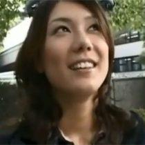 【無修正】子供が生まれて1年近くセックスレスの若妻奥さんが3PセックスしたくてAV出演 熟女動画