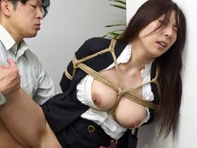 弱みを握られた人妻巨乳OLが会社内で縛りプレイで中出し凌辱…【横山みれい】